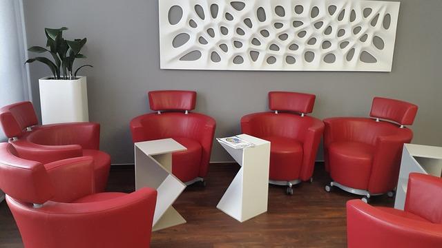 Büro schreibtisch Designerstühle